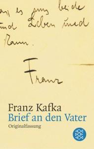 فرانتس کافکا نویسندهی آلمانیزبان، در کتاب «نامه به پدر» احساساتش را پیرامون رابطهی خود با پدرش در قالب نامهای به او شرح میدهد و پدرش را به خاطر سوءرفتارهای احساسی و ریاکاری مورد انتقاد قرار میدهد. کافکا امیدوار بود که این نامه باعث شود فاصلهاش با پدرش کمتر شود ولی نتیجهی کار برعکس شد.